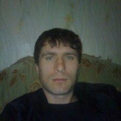 Я приятный и красивый студент. Ищу стройную и красивую девушку в Волгограде для секса