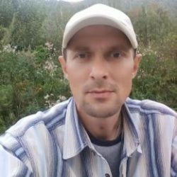 Красивый парень, ищу девушку для секса в Волгограде
