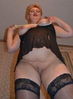 Стройная малышка очень хочет заняться сексом с мужчиной в Волгограде