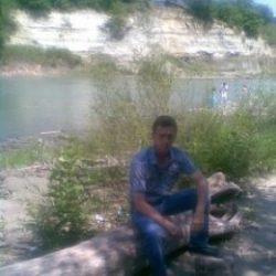 Я парень. Ищу девушку или замужнюю женщину для взаимной мастурбации в Волгограде